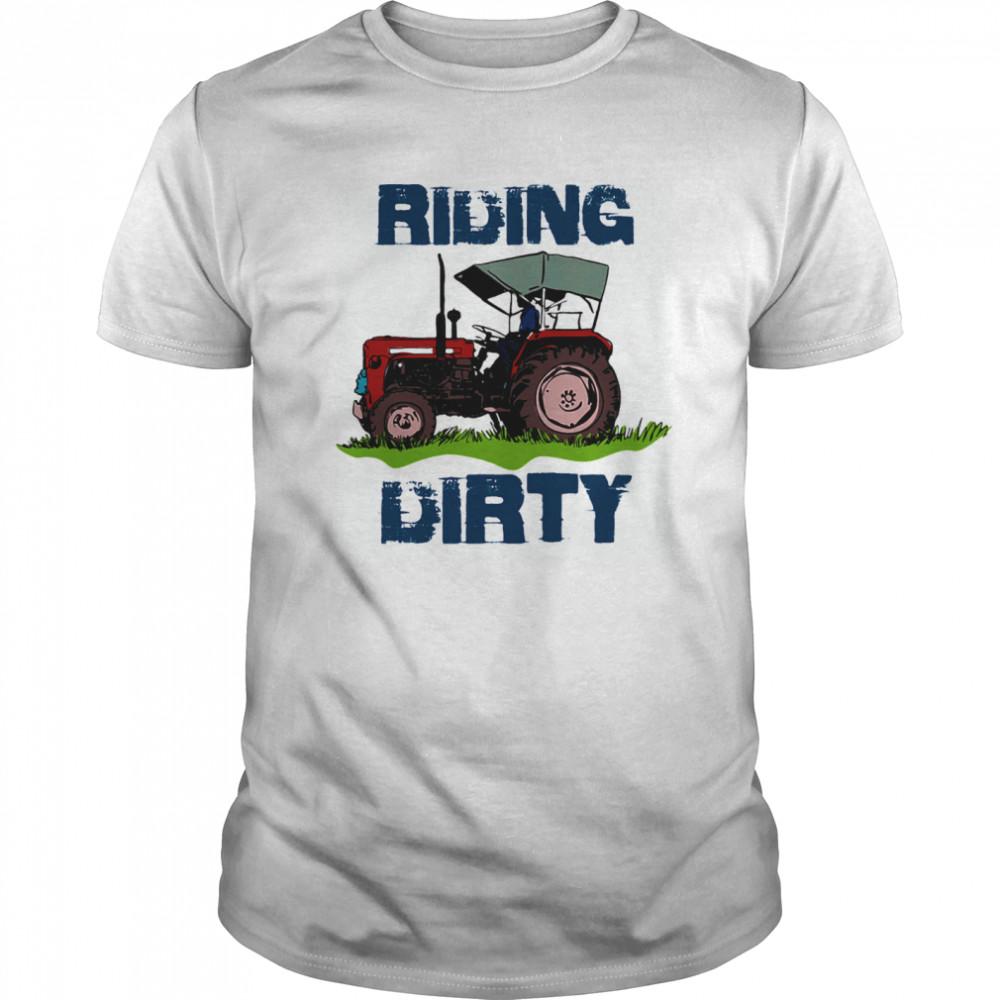 Pretty Farm Tractor Riding Dirty Classic Men's T-shirt
