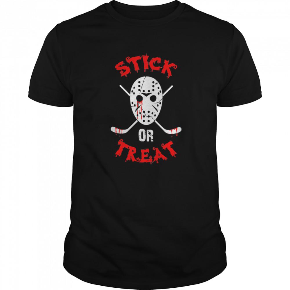 Stick Or Treat Hockey Halloween Classic Men's T-shirt