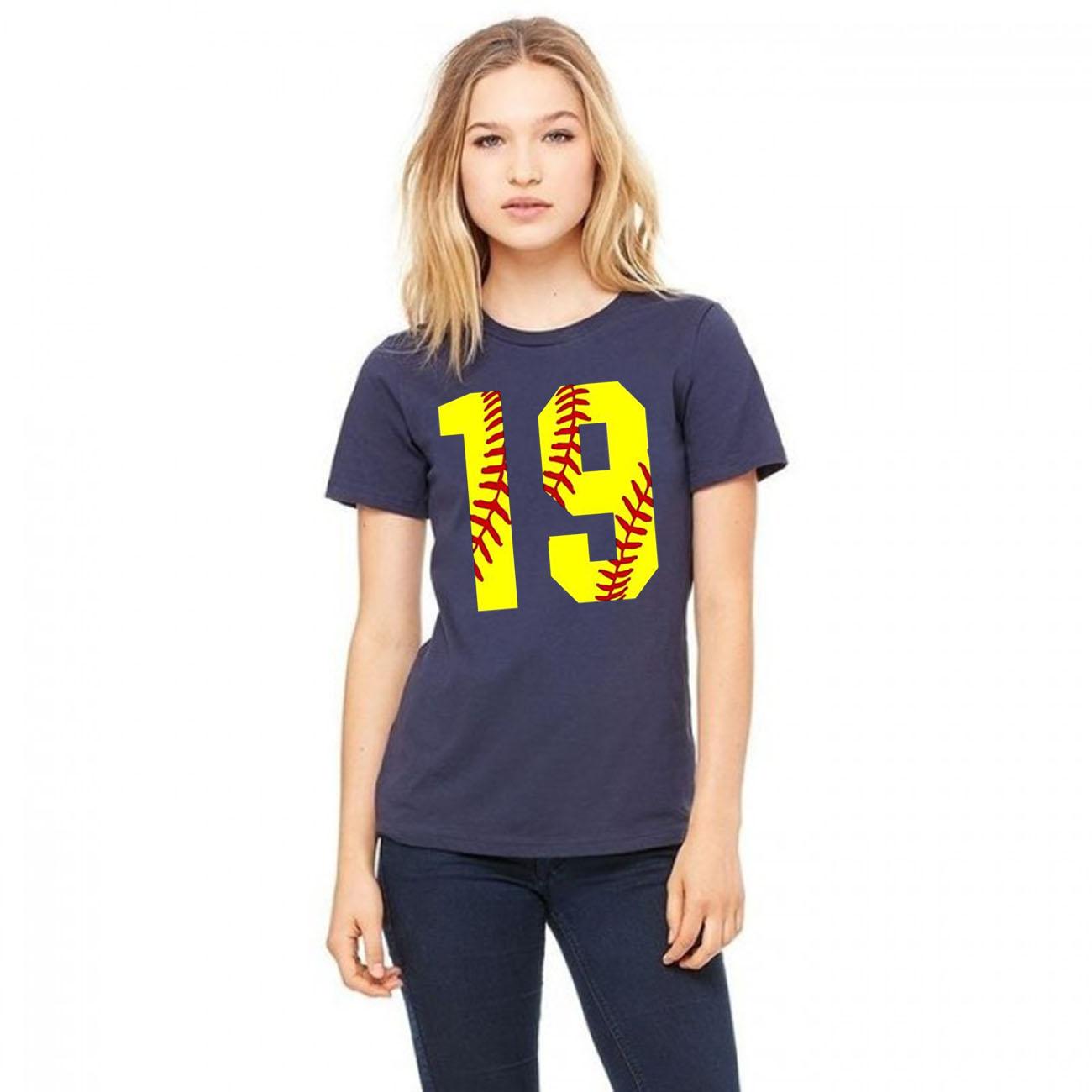 #19 Birthday Girl Softball Mom Fastpitch Softball Jersey Classic T-Shirt