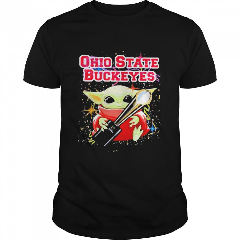 Baby yoda hug ohio state buckeyes 2021  Classic Men's T-shirt