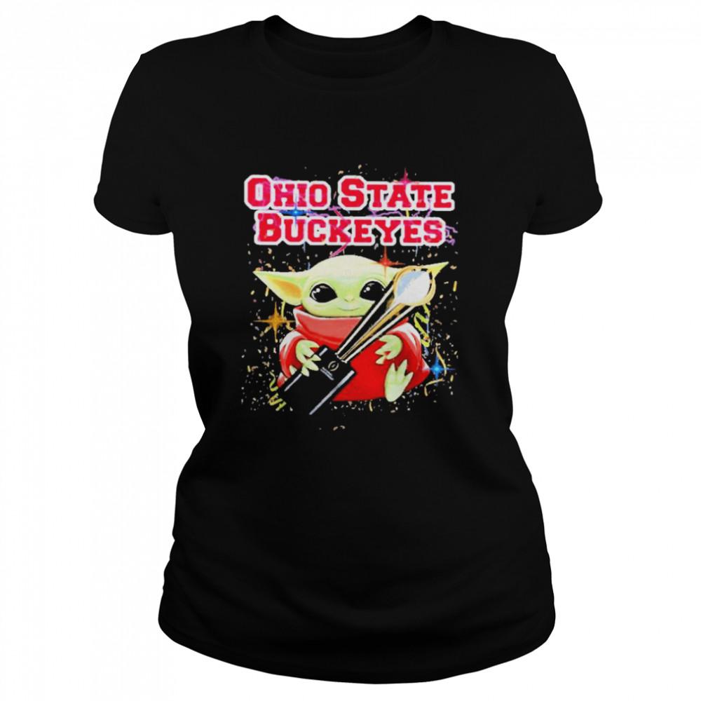 Baby yoda hug ohio state buckeyes 2021  Classic Women's T-shirt